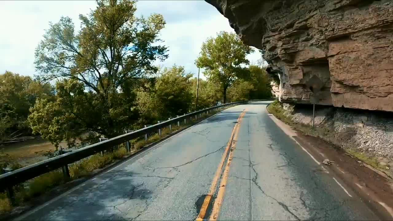The bluffs on the way into Noel Missouri