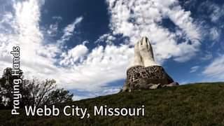 Praying Hands – Webb City, Missouri